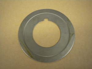 CRANKSHAFT DIRT DEFLECTOR, 465MF